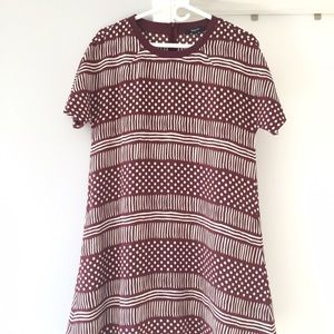 Madewell burgundy pattern shift dress